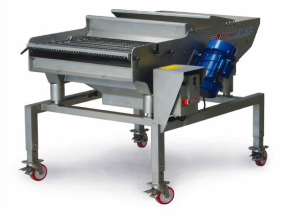 "AUTOMATIC GRAPE SORTING TABLE ""TSA"""